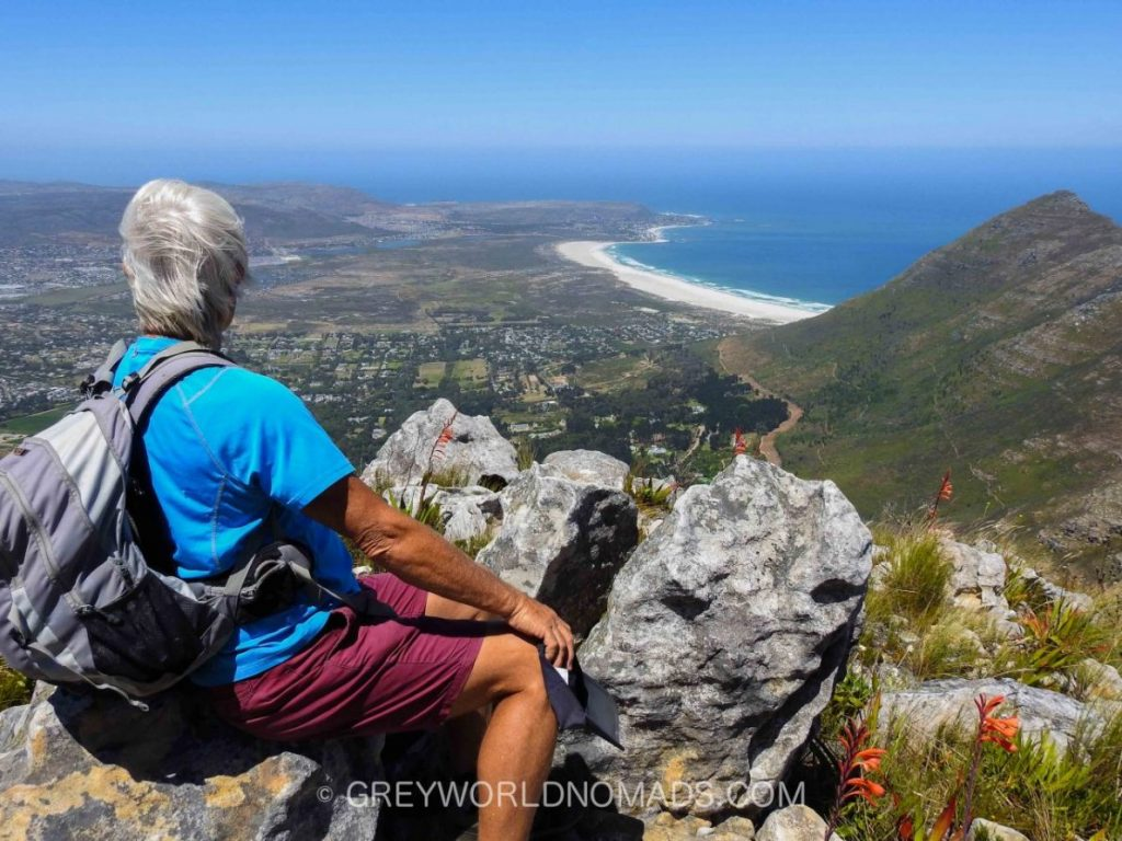 Table Mountain, the most famous of the mountains of the Cape Peninsula, endless white beaches enclose Cape Town, the most beautiful city of the world.