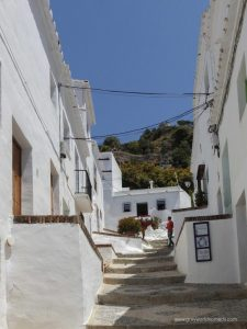 walk frigiliana to nerja.