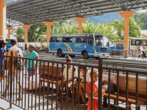 Buses, Seychelles cost of travel.